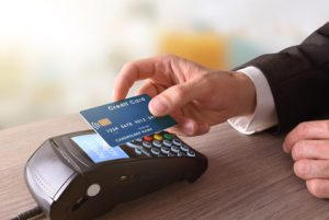 NFC - kontaktlos bezahlen, © Davizro Photography, studenten-giro-konto.de